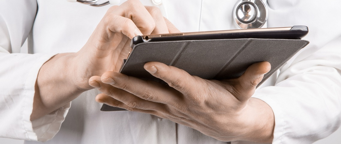 doctor-with-tablet (1)